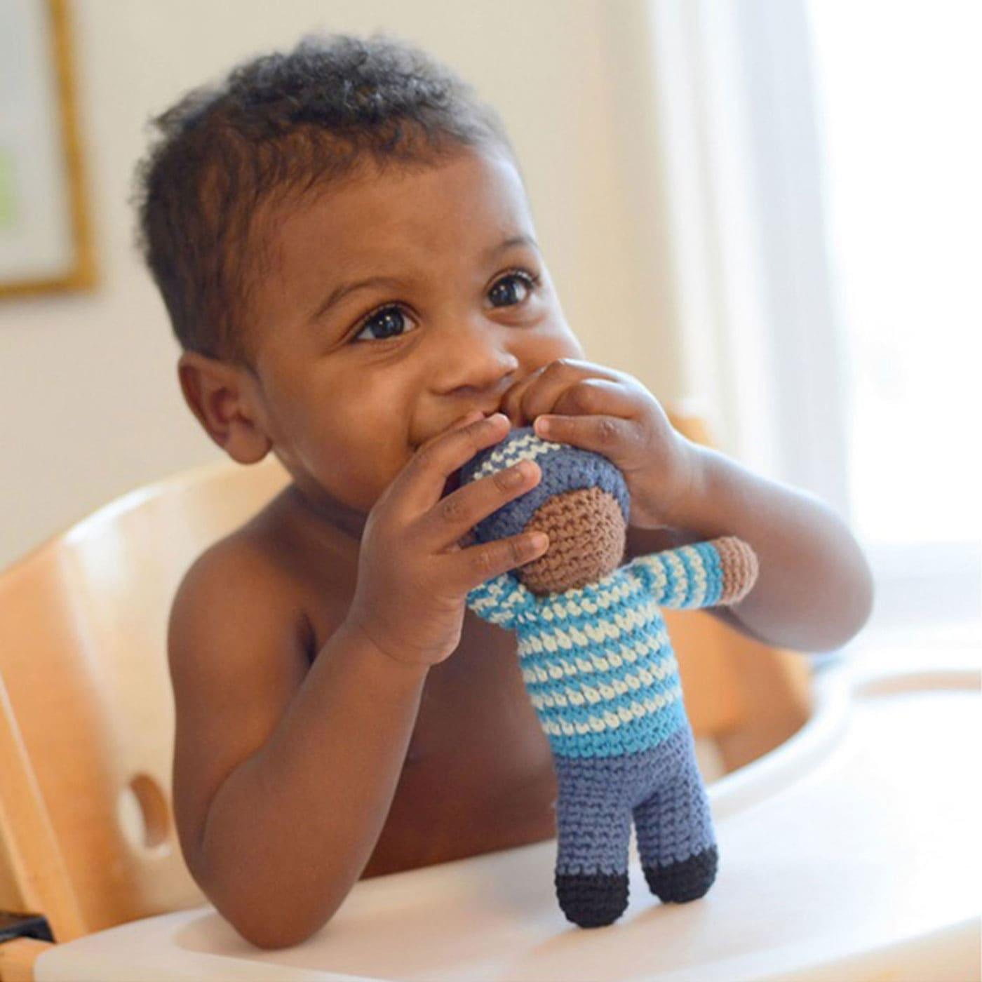 Nachhaltige Rassel für Kleinkinder: Rasselzwerge // HIMBEER