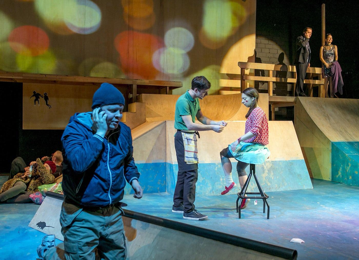 Theater-Stream für Kinder im Grips Theater Berlin // HIMBEER