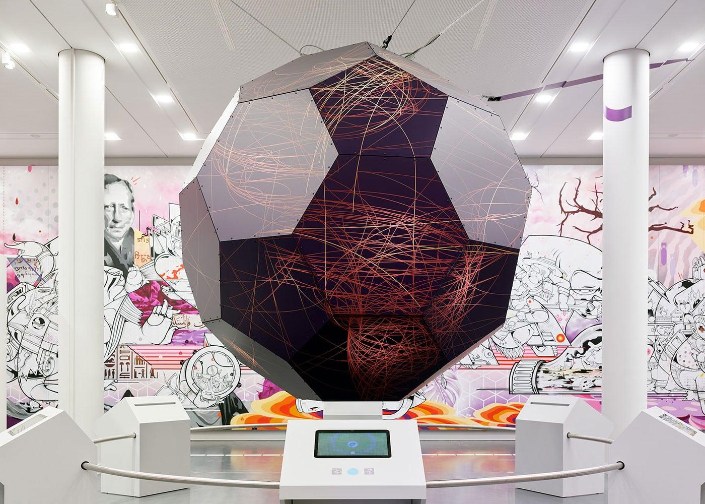 Berlin-Ausstellung i m Humboldt Forum // HIMBEER