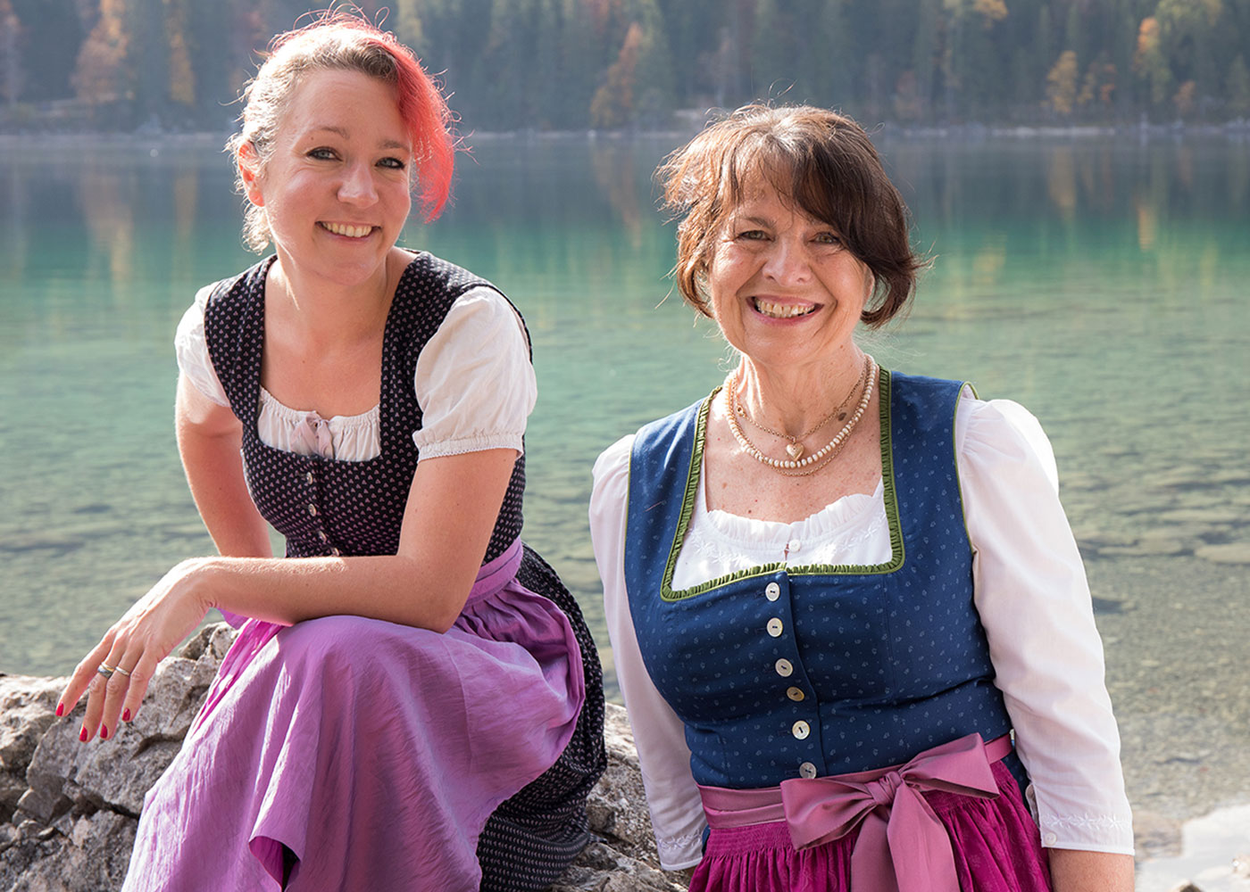 Autorinnen Lena Havek und Henny Schübel // HIMBEER