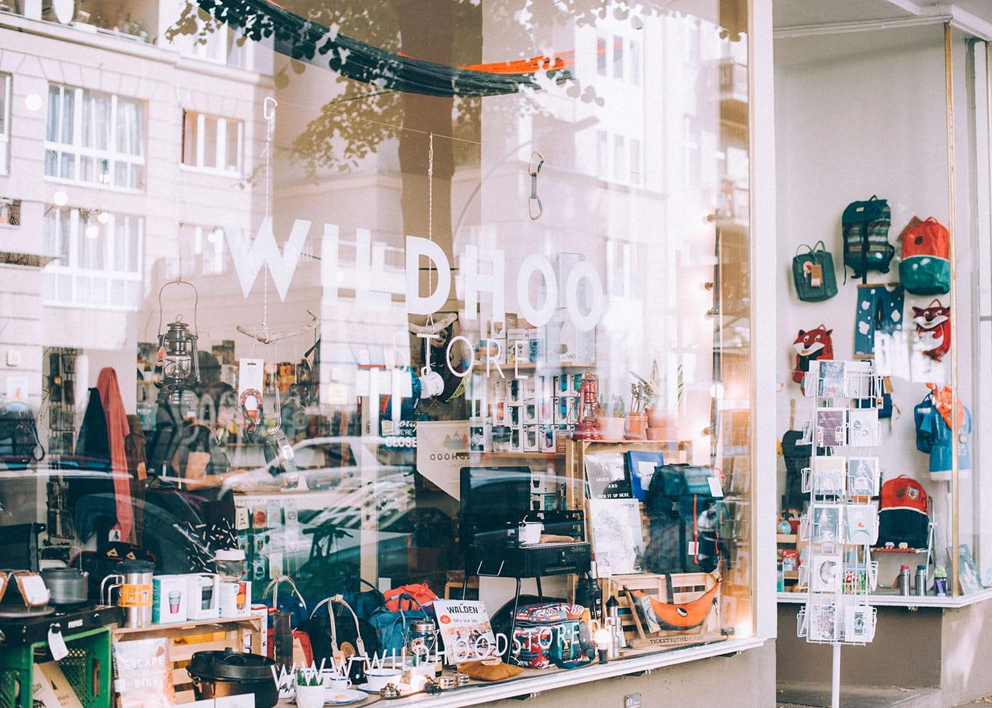Nachhaltige Schulsachen vom WILDHOOD Store in Berlin-Neukölln // HIMBEER