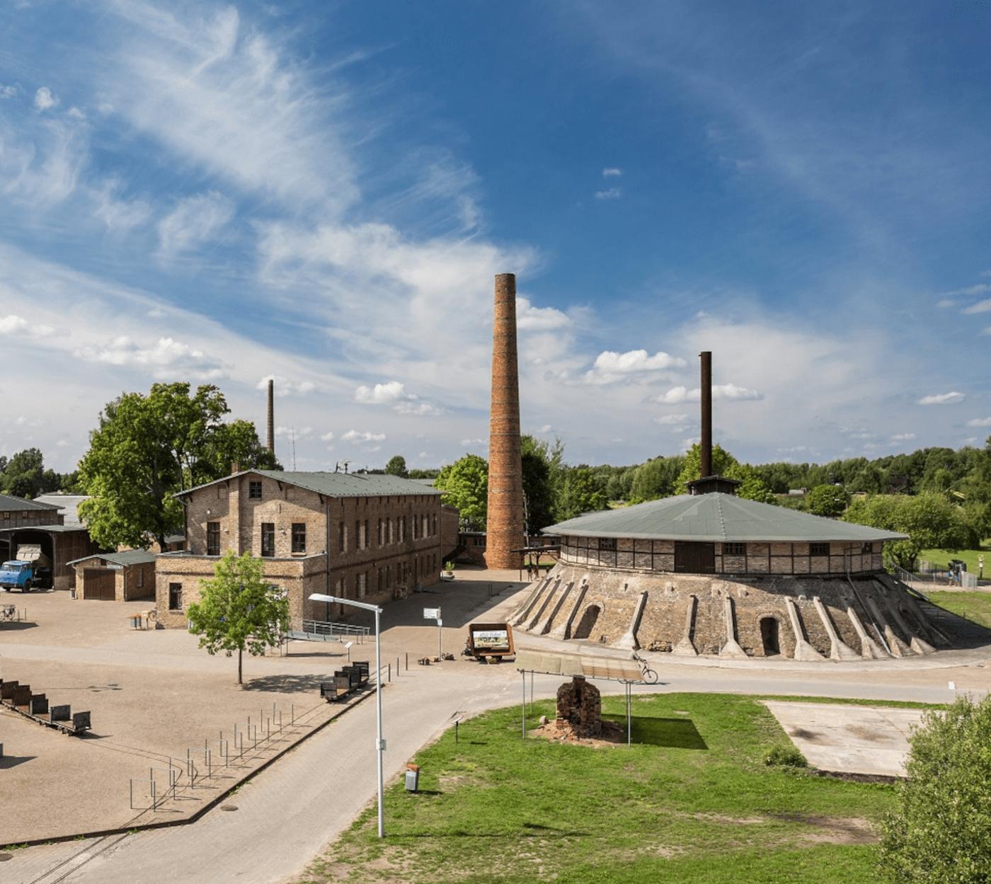 Ziegeleipark Mildenberg Ausflugsziel für Familien // HIMBEER
